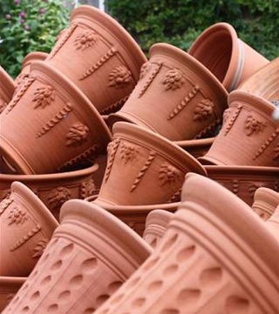 Whichford Pottery handmade, frost free garden pots
